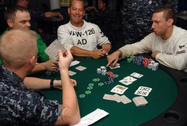 Execs And Cons Of Taking Part In Online Poker Recreation - Pc Video Games