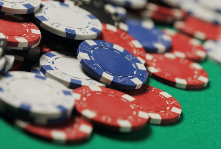 How you can Prepare Before Entering straight into the Online Poker1001 Tournament?