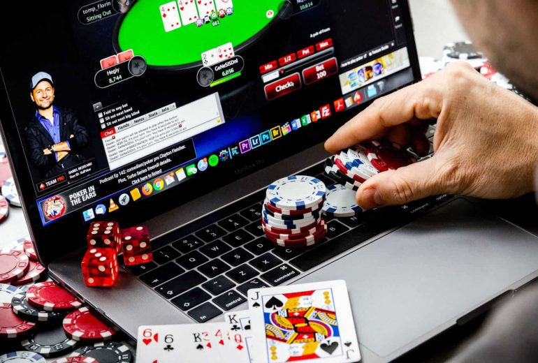 WHAT IS THE BIGGEST CASINO-CHEATING DEBATE?