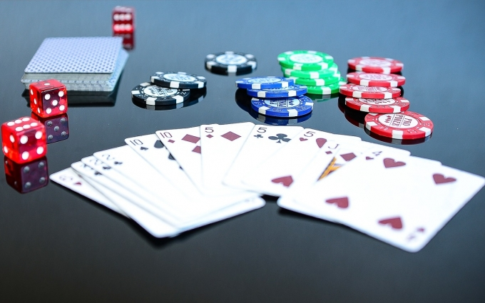 Casino Poker As Well As Its Variation Online Video Gaming